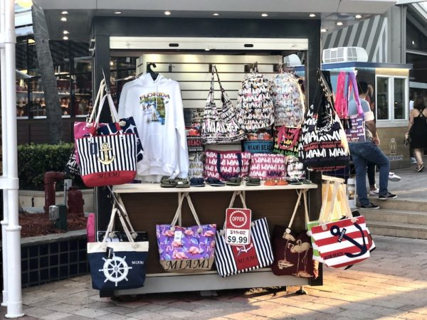 souvenir bayside marketplace miami
