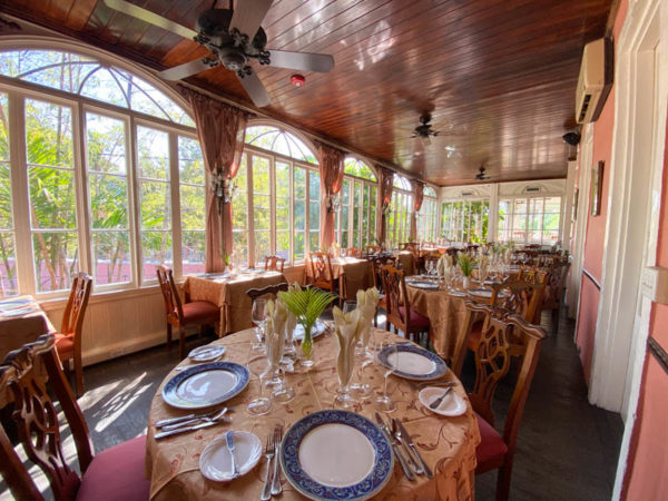 nassau bahamas  Graycliff Hotel restaurant