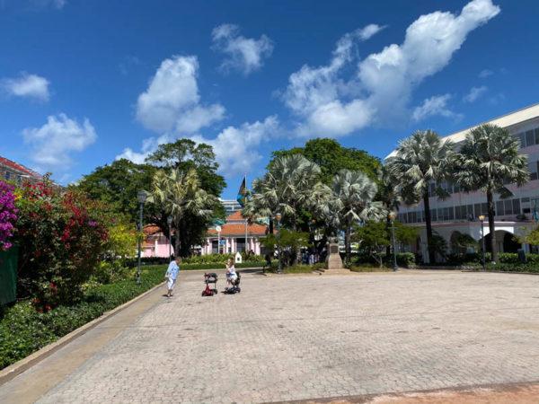 nassau bahamas Rawson Square