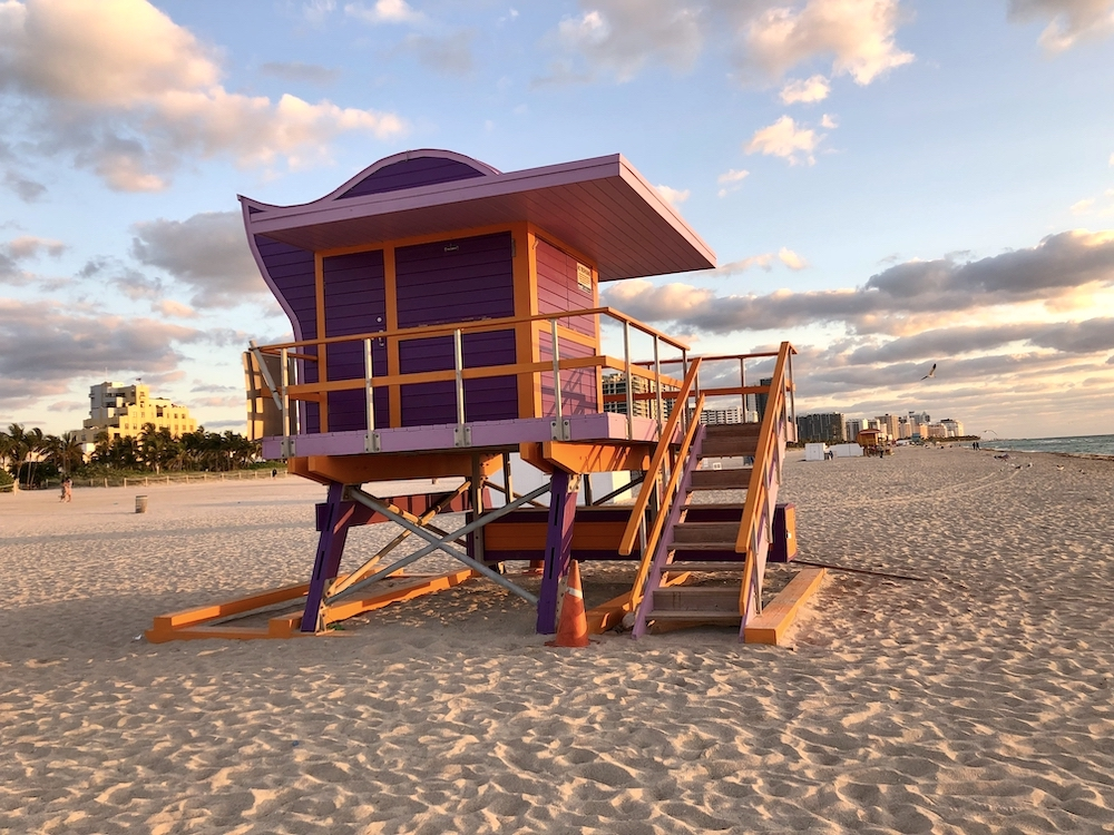 Les mythiques cabanes de sauveteurs de Miami Beach